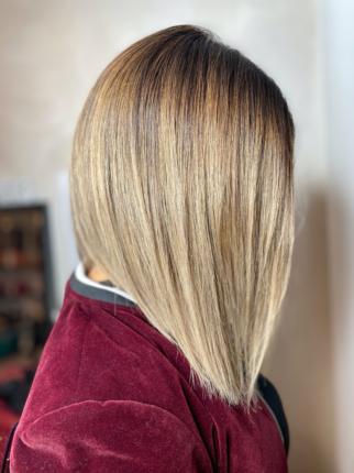 carré plongeant blond ombré