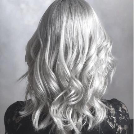 blond argent ou blond gris réalisé par Benjamin Stalter