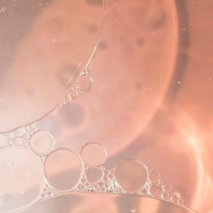 huile de coco au microscope